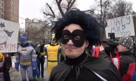 Des jeunes russes se mobilisent contre l'alimentation trop grasse (Vidéo)