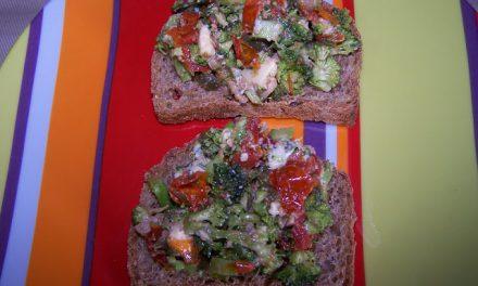 Tartines gourmandes brocolis-tomates séchées (Recette à la Une)