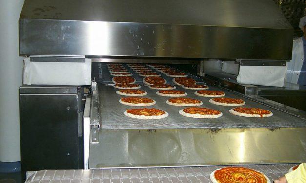 La vérité sur les pizzas industrielles (Vidéo)
