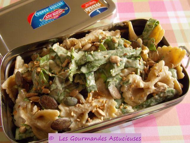 Salade de p_tes aux _pinards, _ l'oseille et _ la bourrache, _ la vinaigrette sans huile (Vegan)